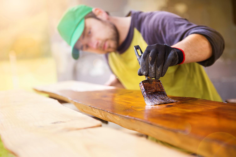 Top coating and varnishing